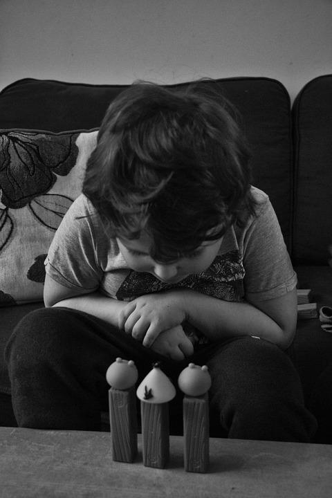 Így állt ki egy hatéves kislány autista öccse mellett