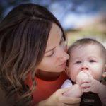 Egy percig sincs el nélkülem a baba: Mit tegyek?