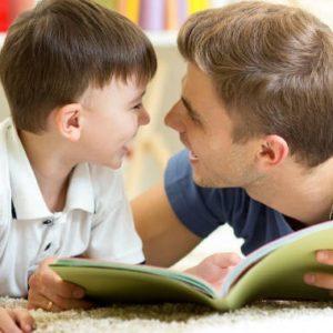 """Ezért fontos, hogy az apa is részt vegyen a gyermeknevelésben, és ne csak """"besegítsen"""" - Mi a modern apák feladata?"""
