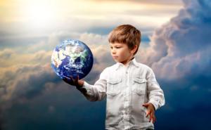 Önkifejezés a szabadidős tevékenységek által – hogyan növelhető a gyermekek kreativitása és milyen készségekre lesz szükségük a jövőben?