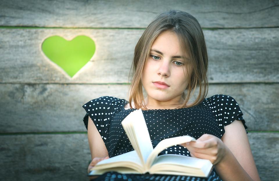 Újra Kortárs irodalmi verseny: csapatszellemű költői lelkek előnyben!