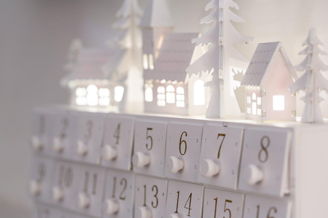 Mi fán terem az adventi kalendárium?