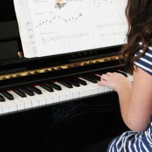 A zenélés segít a döntéshozatalban