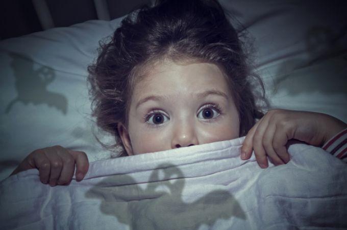 15 tipp, hogy segíts a gyerekednek túljutni a félelmein