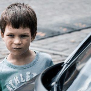 Mit tegyünk, ha agresszivitással reagál a gyerek?