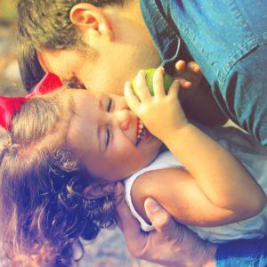 Tíz szokás, ami erősíti a szülő-gyermek kapcsolatot