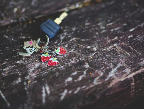 kulcs kulcstartóval