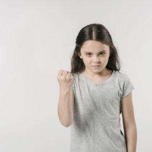 A düh kezelése játékokkal, beszélgetéssel