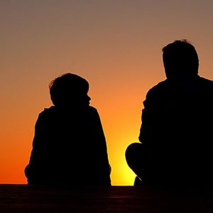 Így beszélj a gyerekkel a drogokról és a függőségekről