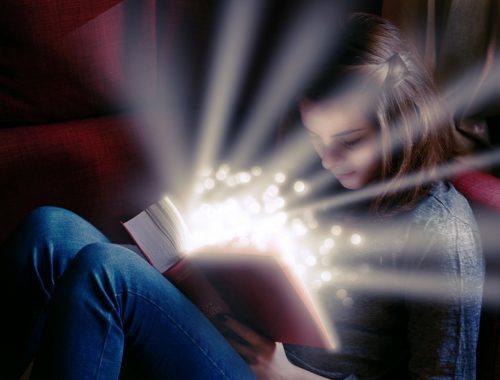 varázslatos könyv olvasása