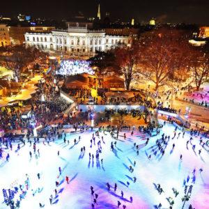 Kétszintes lesz idén a híres bécsi korcsolyapálya!
