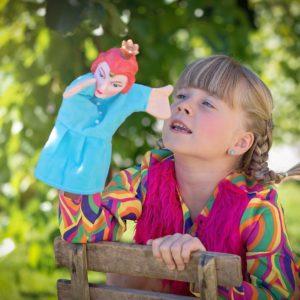 Váratlan területeken is fejleszti a gyereket a bábozás