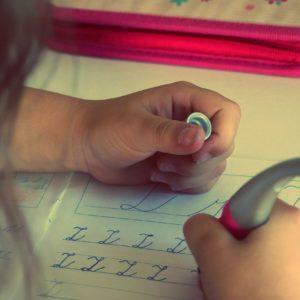 Nincs többé csúnya írás, ha eleget tornázik a kezed!