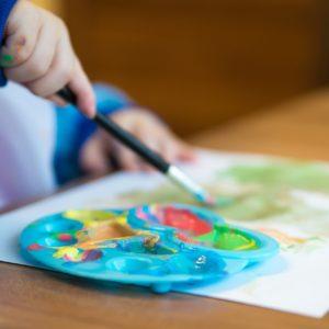 A rajzolás művészete – mérföldkövek a kisgyermek életében