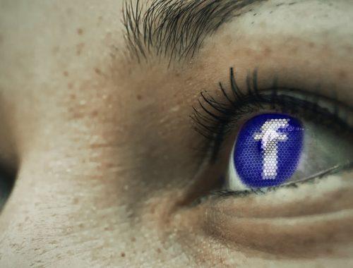 facebook ikon egy szemben