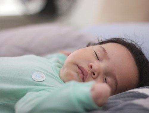 kisbaba alszik