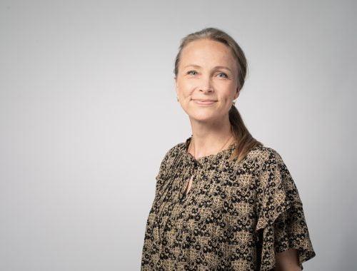 kép egy nőről