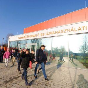 Újrahasználati központok nyíltak Budapesten