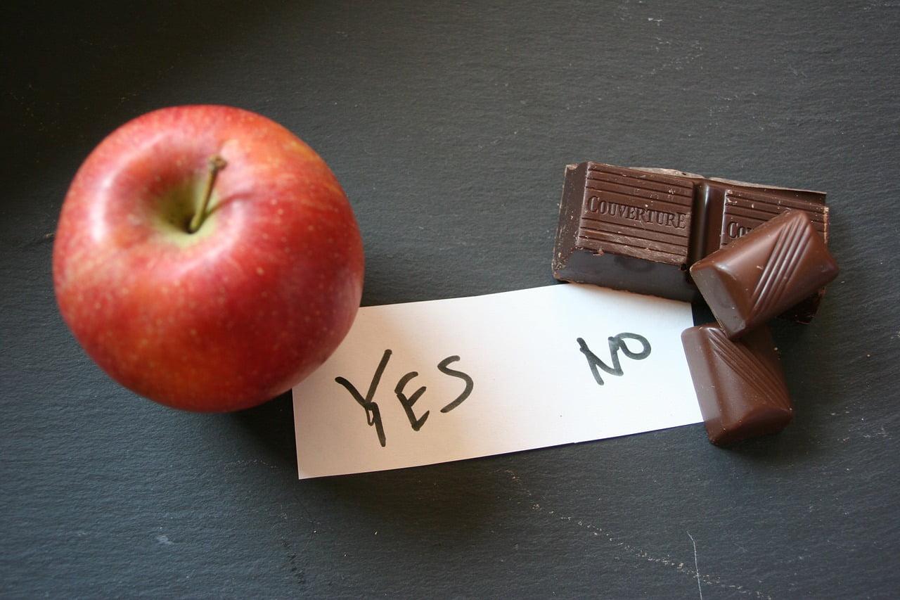 Almát igen, csokoládét nem eszünk sokat.