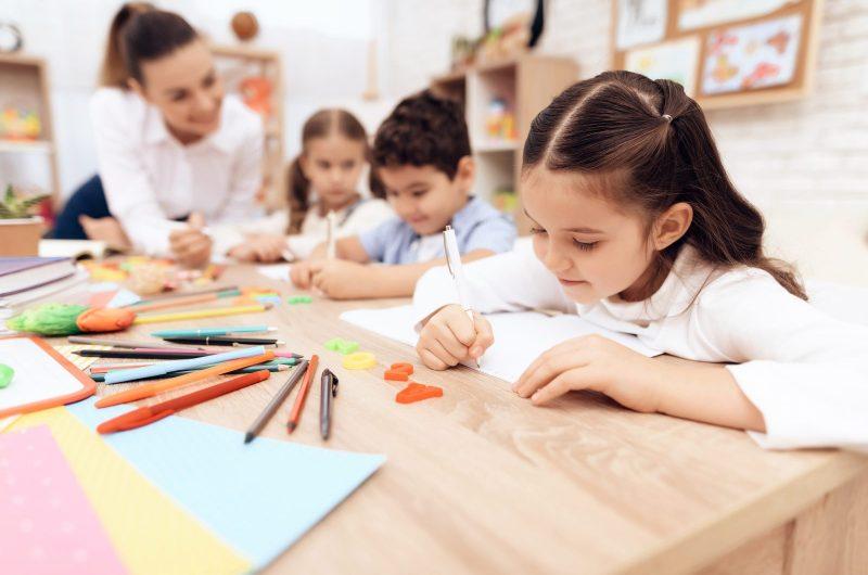 alternatív oktatás - iskolaválasztás