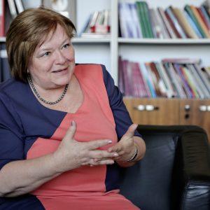 Csépe Valéria: Az online iskolában elfelejthetjük a számonkérés szót