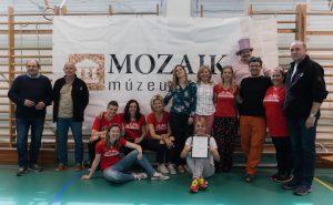 Mozaik Múzeumtúra csapatkép