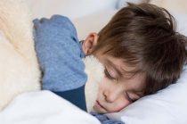 gyermeksport - alvó kisfiú