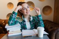 #hovatovább – Középiskolai Nyílt Napok, Börze és Expo - felvételiző diák