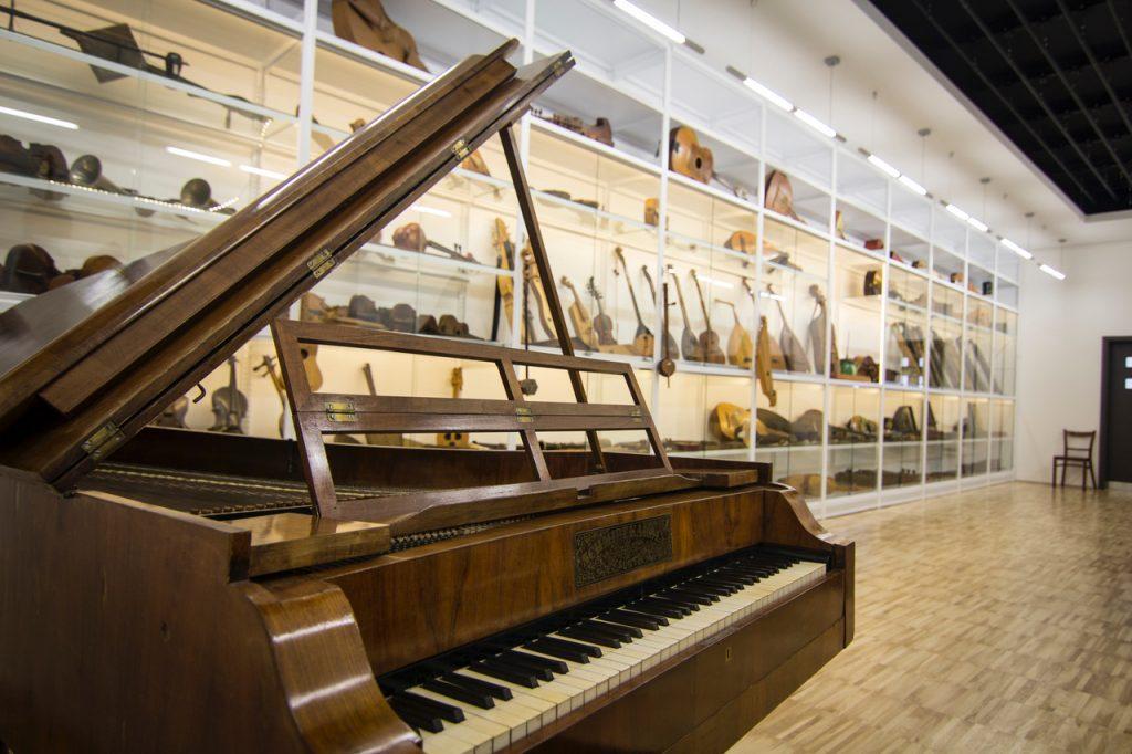 Leskowsky Hangszergyűjtemény - zene.01